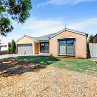 6 Kendall Court Miners Rest, VIC 3352