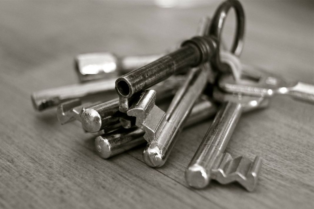 How do you secure your possessions during open houses