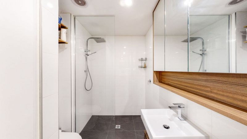 Flat 3 147 Neerim Road GLEN HUNTLY VIC 3163